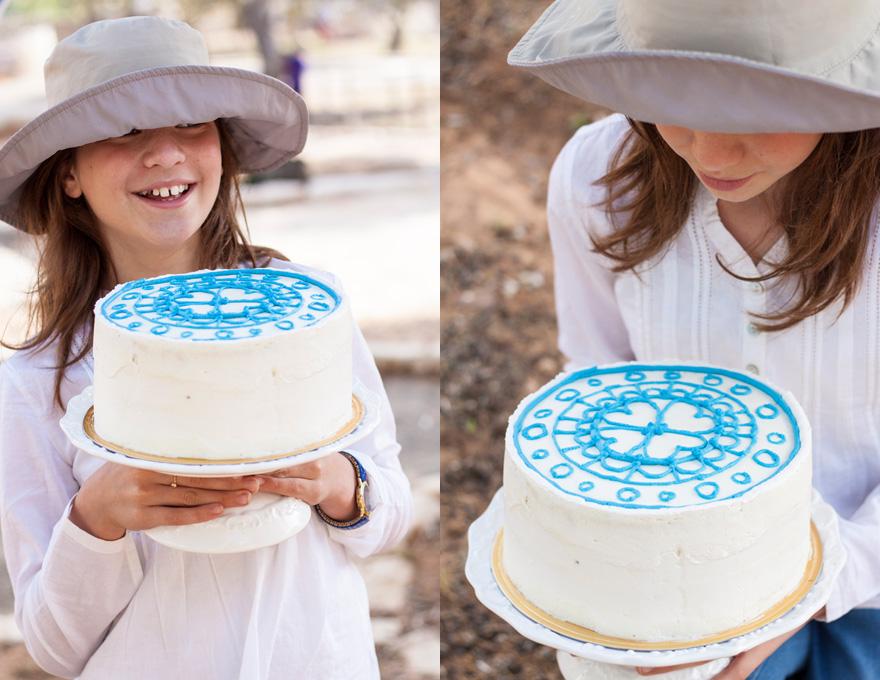 עוגת שכבות מתוקים כחול לבן